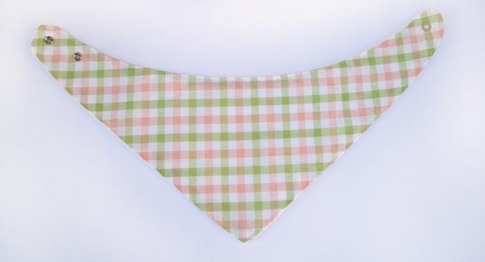 passo a passo tutorial de costura com molde babador bandana