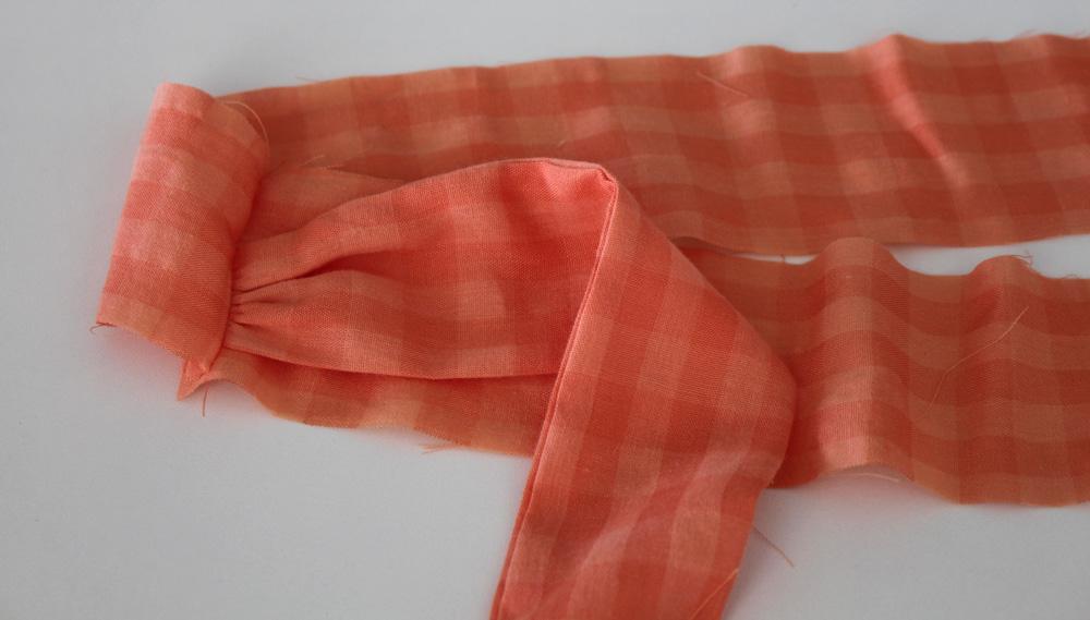Modificação de moldes: detalhe da faixa no cós - transformando o Vestido Julia em uma saia