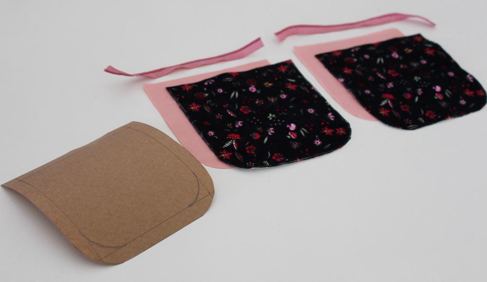 Modificação de moldes: transformando o Vestido Julia em uma mini saia com bolsos traseiros - detalhe da costura dos bolsos traseiros