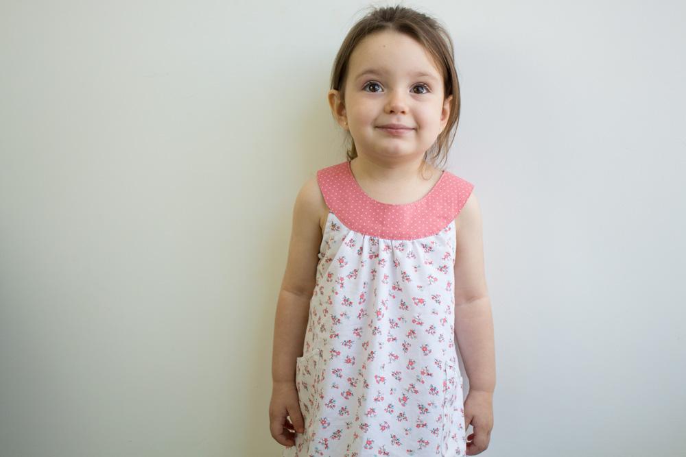 Moldes e tutorial de costura para vestido de bebê - COSTURINHA