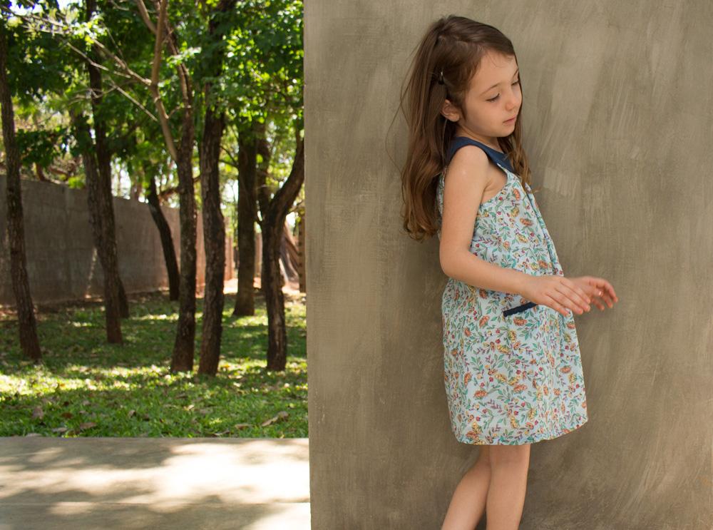 Vestido infantil com pala e bolsos laterais - molde e tutorial para baixar - COSTURINHA