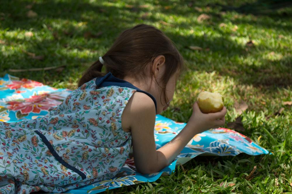 Aula de costura de vestido infantil com moldes em PDF - COSTURINHA